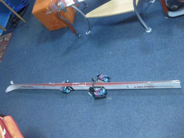 skiuri head radial cu legaturi tyrolia Deva vedere profil
