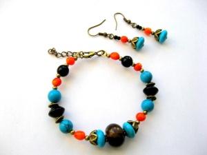 Bijuterie handmade turcoaz, onix si coral - set bijuterii bratara si cercei.