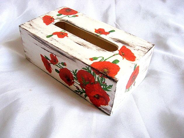 Maci rosii model flori pe fond vintage, cutii servetele hartie 27389